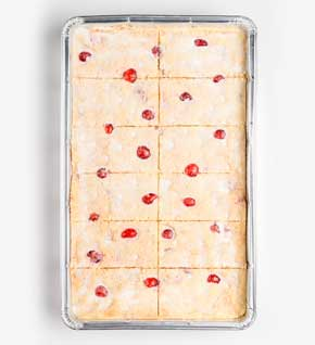 Cherry shortbread traybake