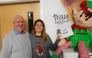 Elton the Elf visits Traybakes for Cash For Kids