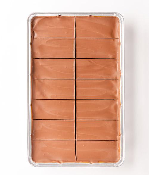 Caramel Shortcake service tray